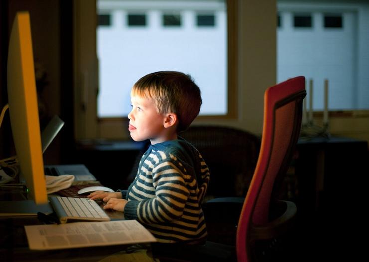 Социальные сети и маленькие дети не рано ли